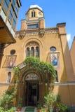 La iglesia ortodoxa del nacimiento de la madre de dios en el centro de la ciudad del cuadrado del consejo (Piata Sfatului) adentr Fotografía de archivo libre de regalías