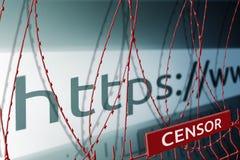 La imagen de la barra de la dirección de la página web está bloqueando la cerca con el alambre de púas - concepto de censura de I imagen de archivo