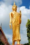 La imagen de Buda en el templo Imagen de archivo