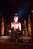 La imagen de Buda en la noche Foto de archivo libre de regalías