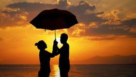 La imagen de dos personas en amor Foto de archivo libre de regalías