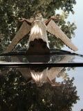 La imagen de oro del vintage de un ángel reflejó en Odessa - UCRANIA Foto de archivo libre de regalías