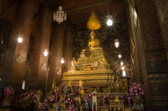 La imagen de oro principal de Buddha Foto de archivo
