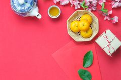 La imagen de la visión superior tiró de Año Nuevo chino de las decoraciones del arreglo y de día de fiesta lunar Fotografía de archivo