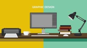 La impresora de monitor del workdesk de la profesión del diseño gráfico reserva el ordenador de la PC de la lámpara Foto de archivo