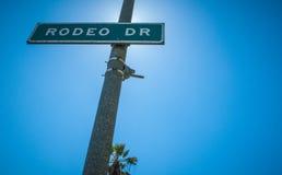 La impulsión Strret del rodeo firma adentro a Beverly Hills Fotos de archivo libres de regalías
