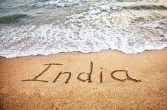 La India en la playa imagen de archivo libre de regalías