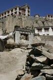La India, Lama Yuru, Ladakh, templo, Monostyr, piedra, viaje, montañas, religión Foto de archivo libre de regalías