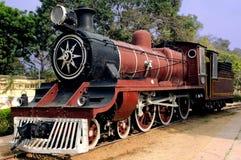 La India: tren viejo del vapor Imagenes de archivo