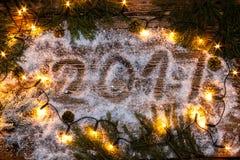 La inscripción y el x22; 2017& x22; en la nieve Imagen de archivo