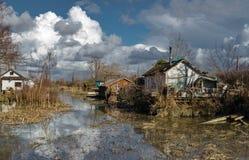 La inundación en pueblo viejo Imagen de archivo