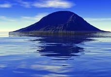La isla en el océano Foto de archivo libre de regalías