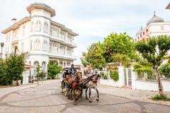 La isla grande o la isla del príncipe es viaje famoso del faetón en Estambul fotografía de archivo libre de regalías