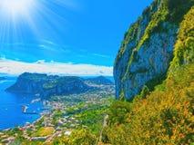 La isla hermosa de Capri imagen de archivo libre de regalías