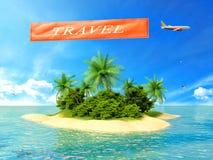 La isla tropical en el océano y el avión con la inscripción viajan Foto de archivo