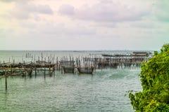 La jaula de los pescados fotografía de archivo libre de regalías