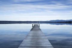 La jetée au lac Starnberger voient, l'Allemagne Images libres de droits