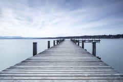 La jetée au lac Starnberger voient, l'Allemagne Photo libre de droits