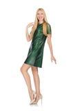 La jeune femme dans la robe verte d'isolement sur le blanc Image libre de droits