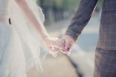 La jeune mariée acceptent Images stock
