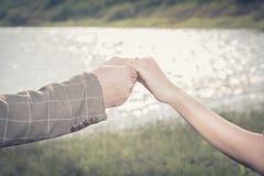 La jeune mariée acceptent Image stock