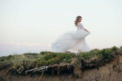 La jeune mariée le jour de son mariage Photographie stock
