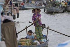 La ji sonó el mercado flotante Fotos de archivo