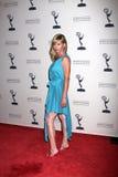 La joie Brown de Sarah obtient à la réception de jour de dénommés de Prix Emmy de STINGER air-air Images libres de droits