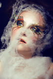 La jolie jeune femme avec créatif composent Image stock