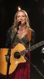 La joya realizó algunos de sus golpes más grandes para el iHeartRadio Live In New York Imagenes de archivo