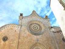 La-kathedraal Di Ostuni, Puglia, Italië royalty-vrije stock afbeelding