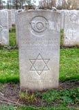 La lápida mortuoria judía de WWI en el cementerio de Lijssenhoek, Flandes coloca Imagen de archivo libre de regalías