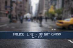 La línea de policía no cruza New York City Imagenes de archivo