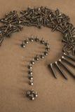 La línea de tornillo le gusta el signo de interrogación Imagen de archivo libre de regalías