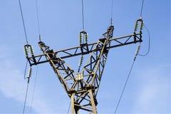 La línea de transmisión de potencia Fotos de archivo
