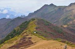 La línea divisoria de las aguas de las montañas de Zhongnan Imagen de archivo libre de regalías