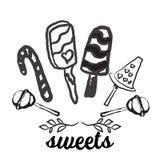 La línea dulce iconos de los caramelos fijados en la forma del círculo con las piruletas coloridas clasificadas de los chocolates Foto de archivo libre de regalías