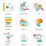 La línea plana iconos fijó de tecnología y del desarrollo Imagenes de archivo
