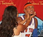 La-La Anthony streichelt ihren vorbildlichen Ehemann Stockfotografie