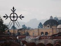 La La croisée d'après-midi de vintage de l'Antigua Guatemala d'église de catholich merced Photographie stock libre de droits