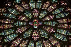 La La dei dans del Saint Nazaire di Vitraux de lla Basilique cita il de Carcassonne - Aude & x28; France& x29; fotografia stock libera da diritti