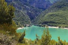 La laca Sainte Croix Du Verdon del azul cerúleo Imagen de archivo libre de regalías