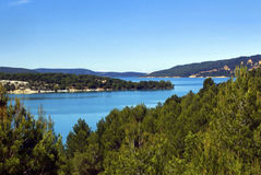 La laca Sainte Croix Du Verdon del azul cerúleo Foto de archivo