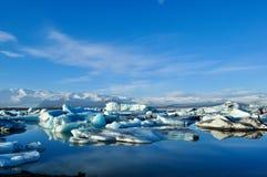 La laguna del glaciar de Jokulsarlon en Islandia Imágenes de archivo libres de regalías