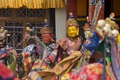 La lama tibetana si è vestita nella maschera che balla il ballo di mistero di Tsam sul festival buddista a Hemis Gompa Ladakh, In Immagini Stock