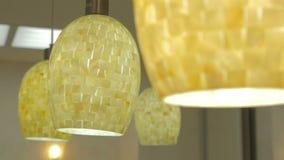 La lampada del soffitto è accesa stock footage