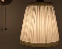 La lampada nella stanza immagine stock