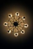 la lampe électrique de plafond brille avec la lumière jaune Photographie stock libre de droits