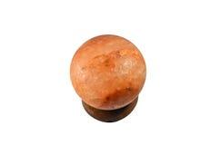La lampe de l'Himalaya de sel d'isolement sur le fond blanc Image stock
