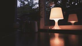 La lampe de Tableau est alimentée dans la chambre banque de vidéos